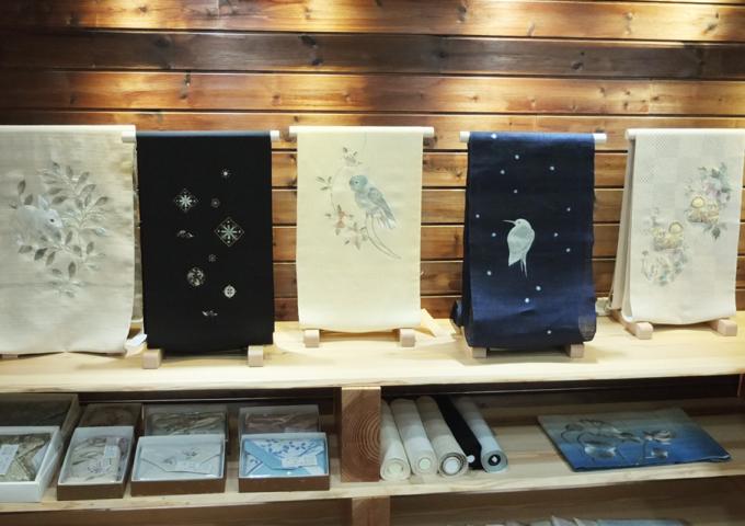 刺繍作家_飯島桃子「糸で描く」明日より始まります